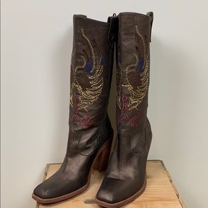 Gianni Bini Neal copper embroidered boots sz 8.5